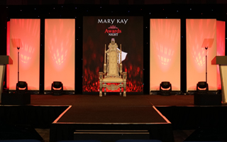 Earn recognition with your Mary Kay business.